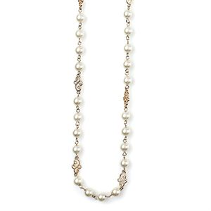 Picture of Precious Pearls Gold Necklace